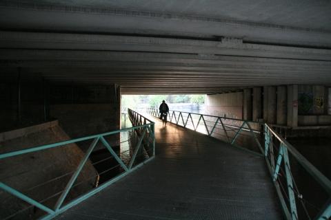 20aug08 20u34 fietsonderdoorgang Sint-Lievenspoort