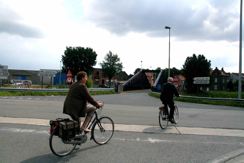15aug08, 14u32, kluizensesteenweg / Langerbruggekaai / Wondelgemkaai