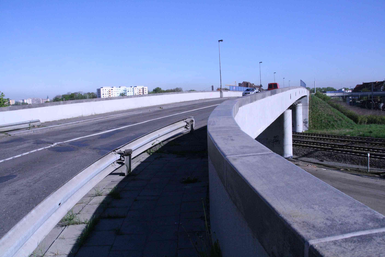 23apr09, 9u51, Moscouviaduct