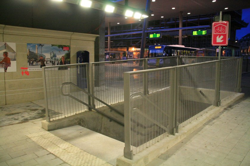 09dec12, 17u01, Sint-Pietersstation