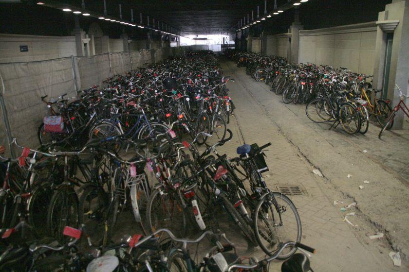 17maa13, 13u19, oude tramtunnel