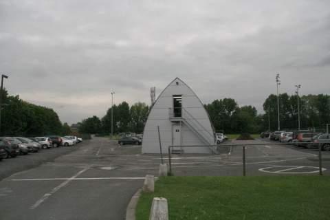22mei13, 19u11, oefenveld AA Gent,  Warmoezeniersweg