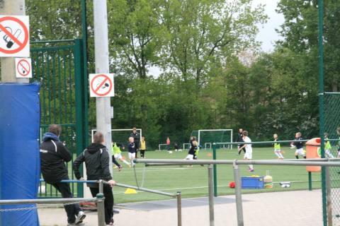 22mei13, 19u12, oefenveld AA Gent,  Warmoezeniersweg