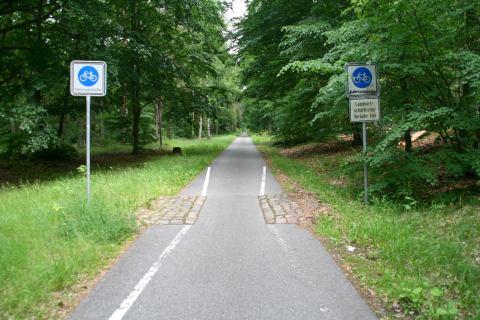 16jun13, 13u35, Brandenburg, fietsroute Berlijn - Kopenhagen