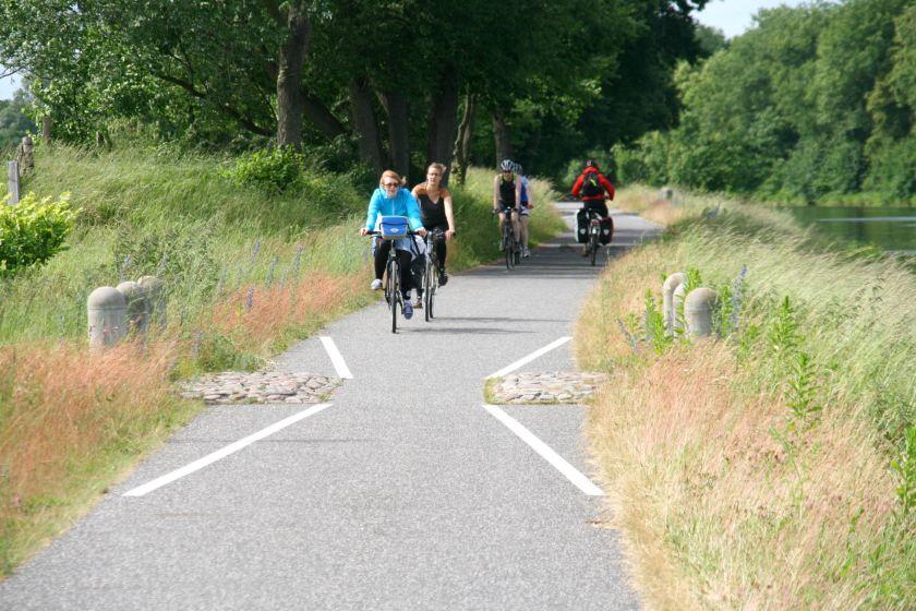 16jun13, 15u46, Brandenburg, fietsroute Berlijn - Kopenhagen