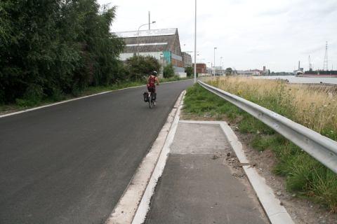 15aug13, 15u04, Ringvaartweg Wondelgem