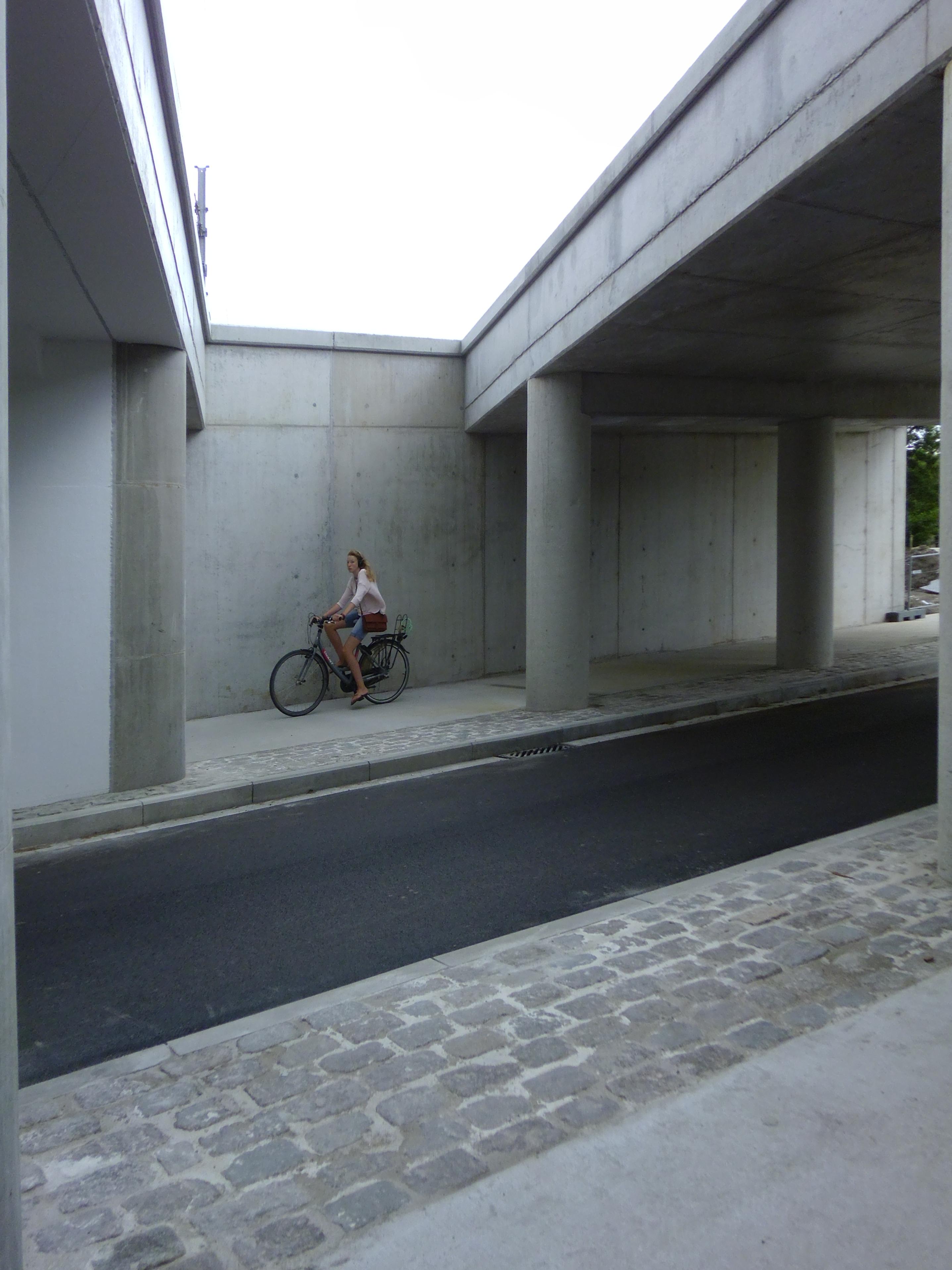 31jul13, 12u07, Asselsstraat, Drongen