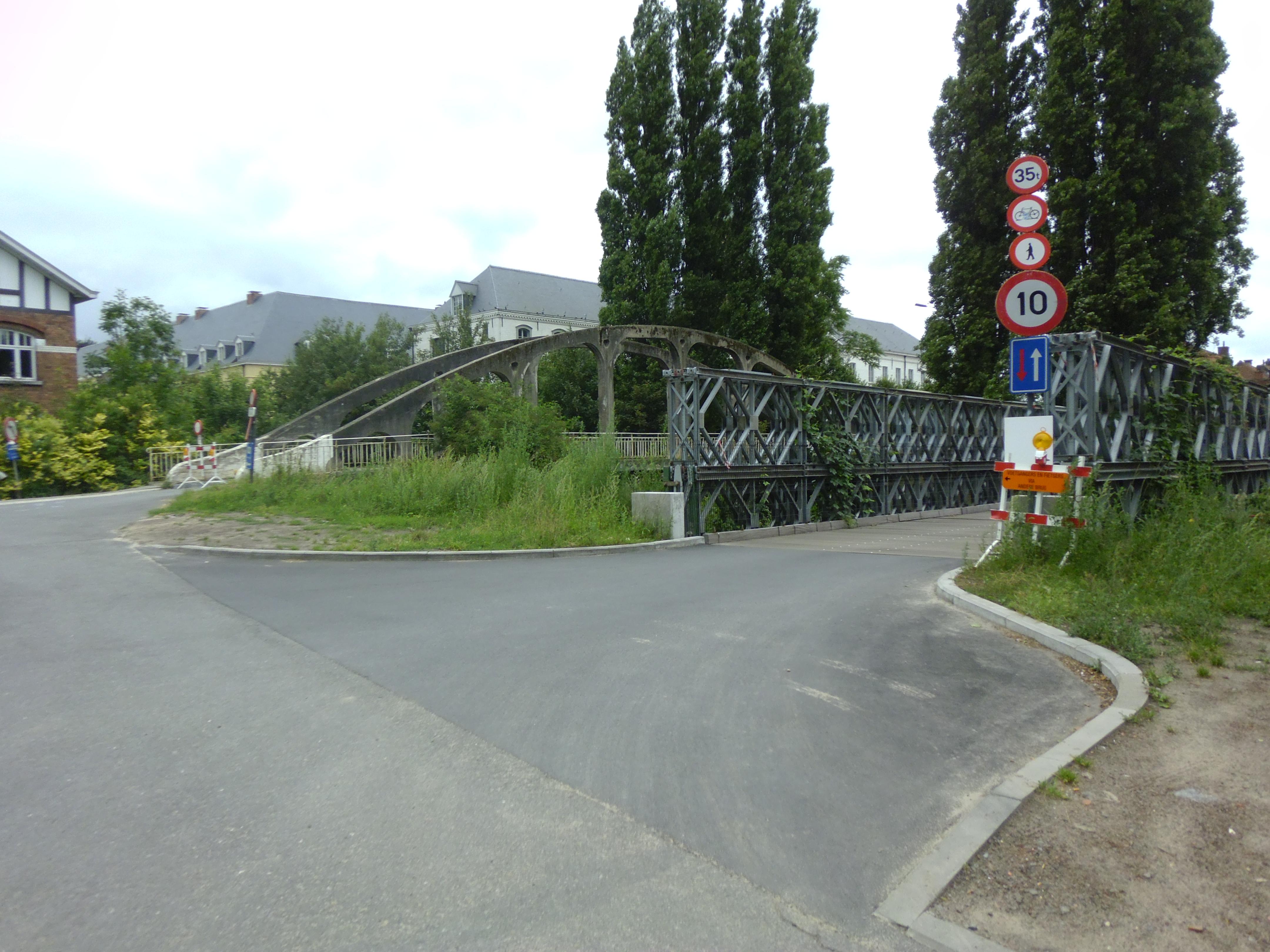 31jul13, 12u14, Dijkweg, Drongen