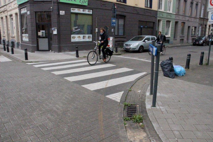 30aug14, 12u42, Forelstraat / Eendrachtstraat