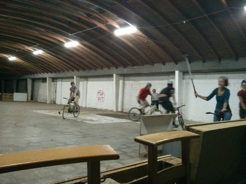 Bikepolo training, Meubelfabriek, 8-8-2014
