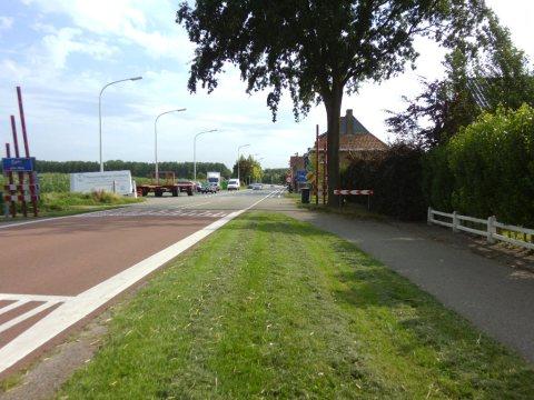 07aug15, 17u38, N251/N410, Nederlands-Belgische grens