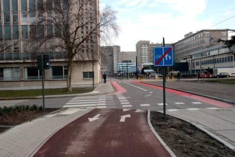 08maa16, campus UZGent vanuit Fritz de Beulestraat