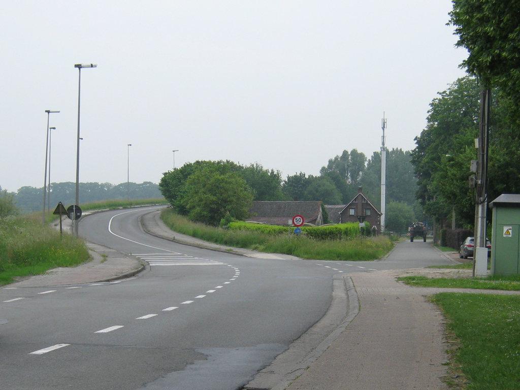 29mei16, 09u50, Klossestraat, De Pinte.