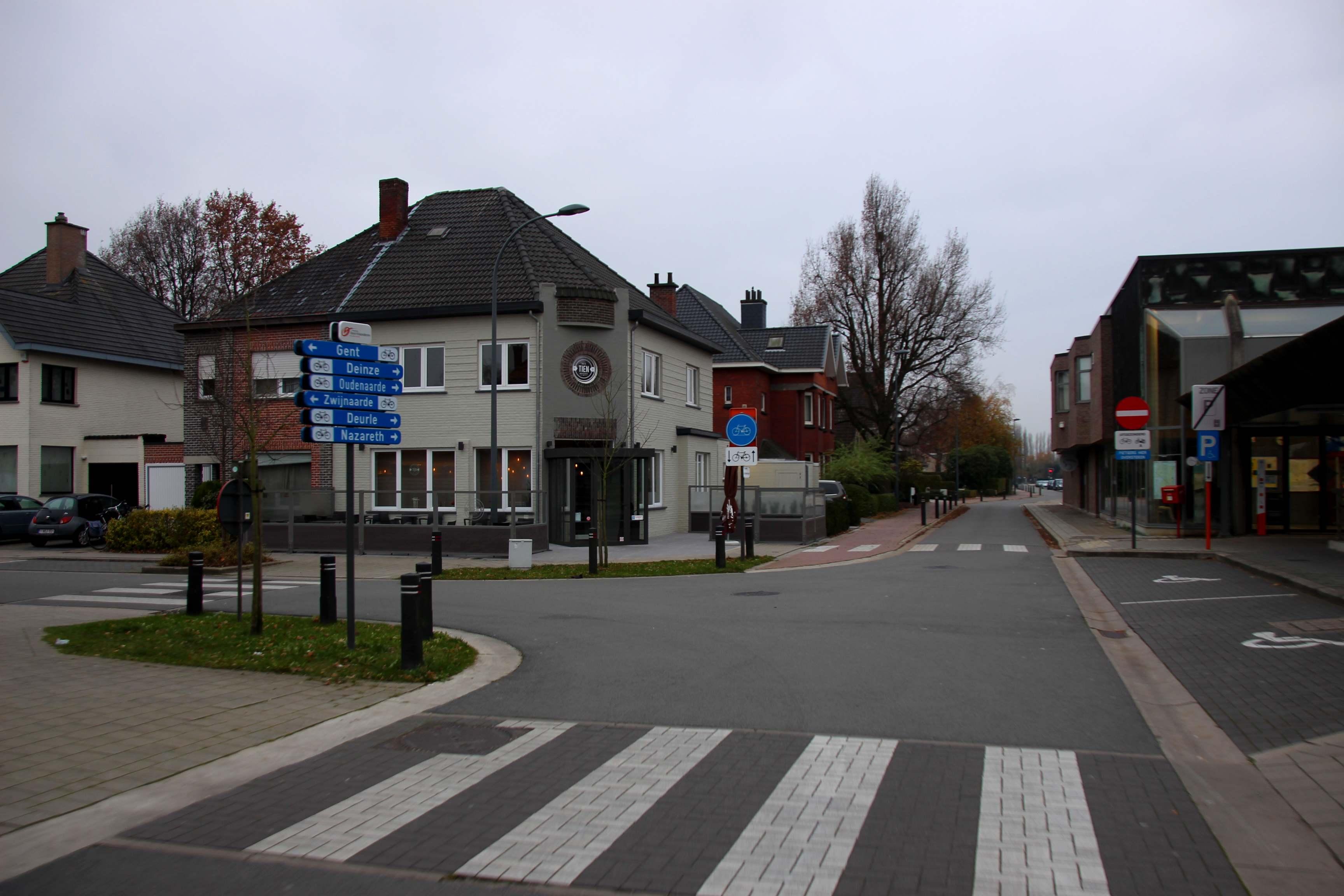 26nov16, Stationstraat, De Pinte
