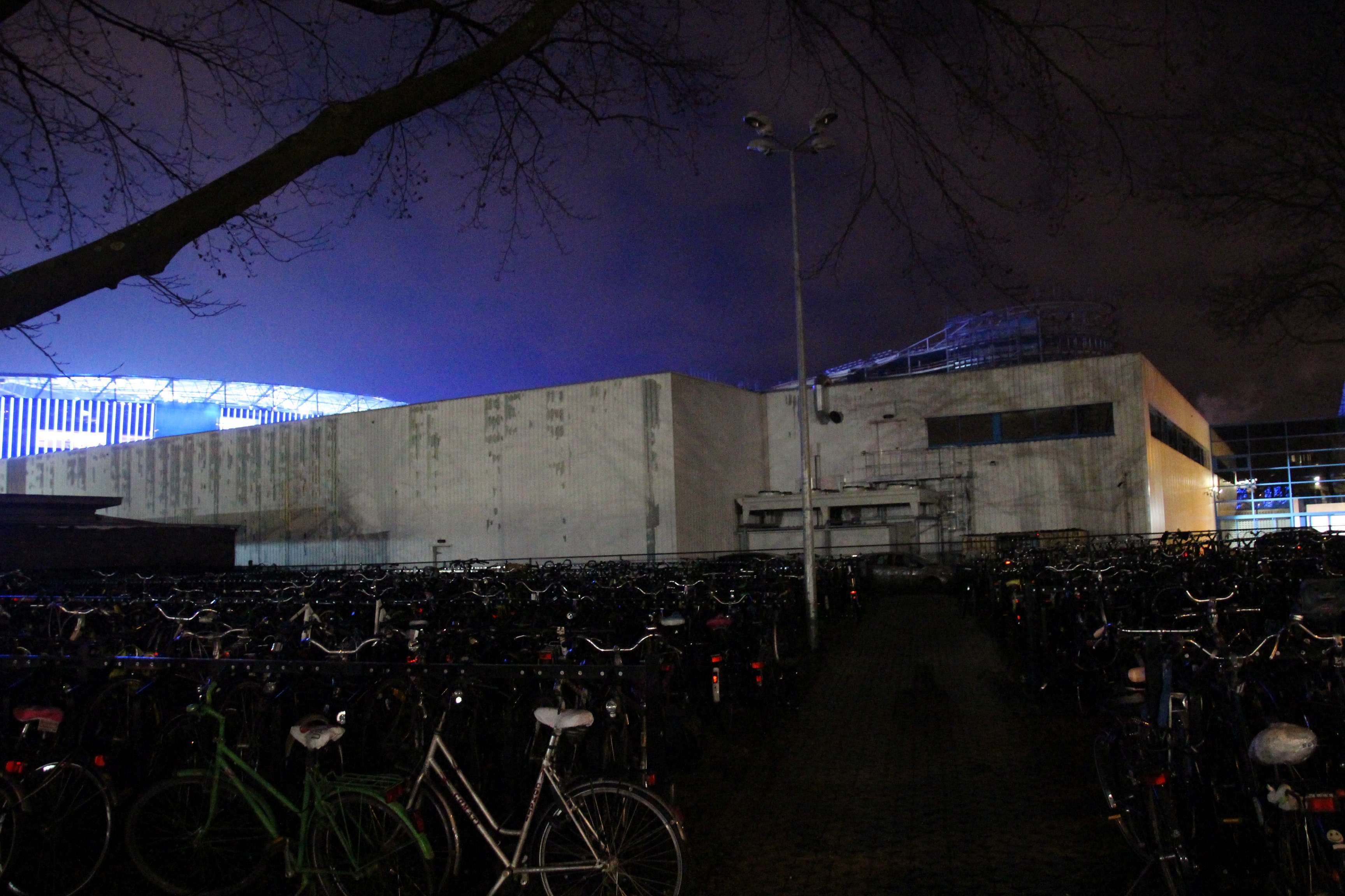 16feb17, fietsstalling bij Ghelamco